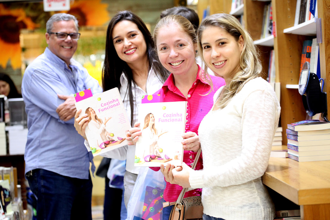 Nutris e amigas do Hippo Supermercados